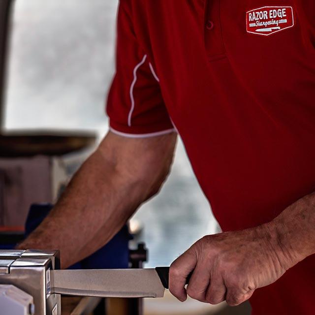 on-location-cafe-restaurant-knife-shapening-van-gold-coast